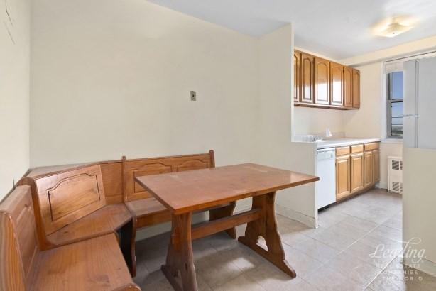 1655 Flatbush Avenue C1602 C1602, Midwood, NY - USA (photo 5)