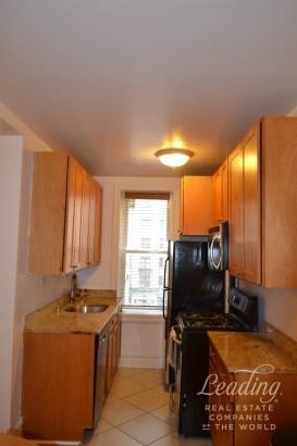 811 Walton Avenue C1 C1, Bronx, NY - USA (photo 3)