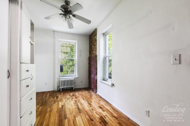 786 Washington Ave 2rr 2rr, Prospect Heights, NY - USA (photo 3)