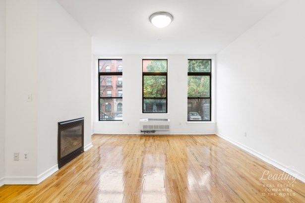222 West 135th Street 1a 1a, New York, NY - USA (photo 2)