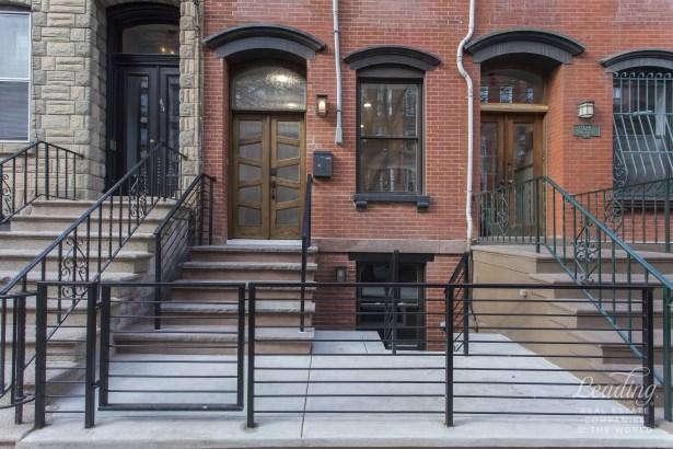 926 Park Avenue, Hoboken, NJ - USA (photo 1)