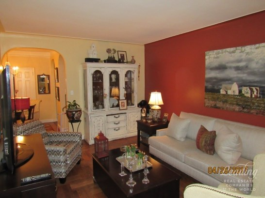 110 -31 73rd Road 4j 4j, Forest Hills, NY - USA (photo 2)