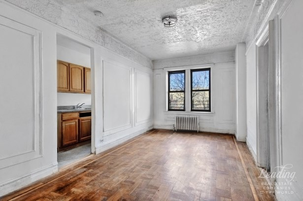 1015 Summit Avenue 2a, Bronx, NY - USA (photo 2)