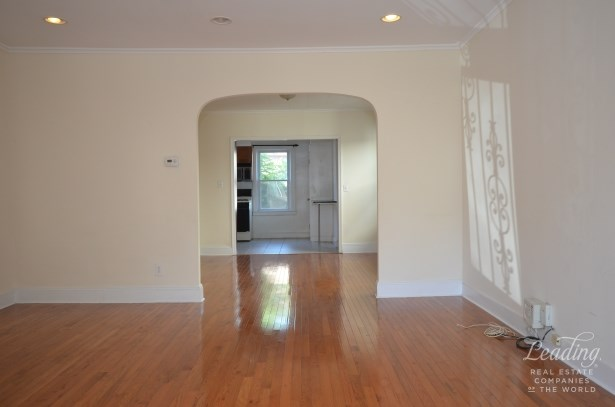 Manse Street N/a, Forest Hills, NY - USA (photo 2)