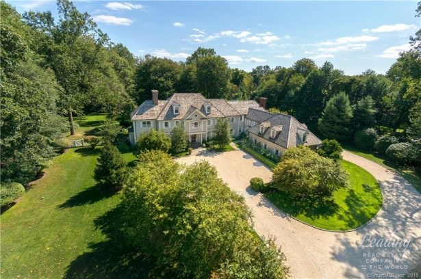 9 Father Peters Lane, New Canaan, CT - USA (photo 2)