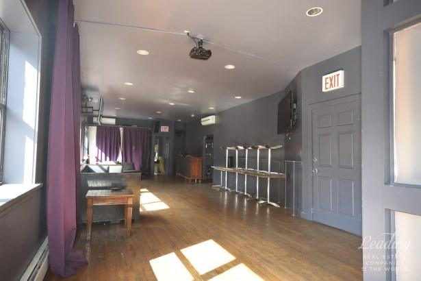 449 Nostrand Avenue 2f 2f, Brooklyn, NY - USA (photo 3)