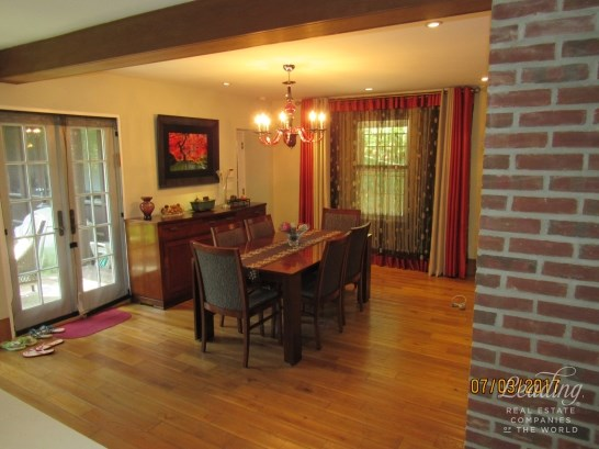 74 Ascan Avenue, Forest Hills, NY - USA (photo 3)