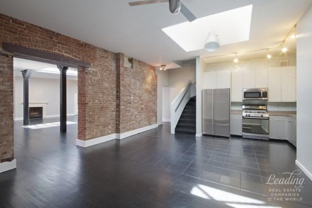 Spears Condominium Phf, New York, NY - USA (photo 4)