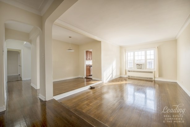 77 -14 113th St 6t 6t, Forest Hills, NY - USA (photo 2)