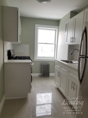 Completely Renovated 1 Bedroom 2, Ridgewood, NY - USA (photo 1)