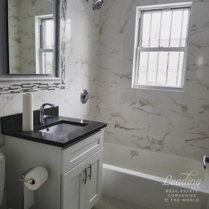Completely Renovated 1 Bedroom 2, Ridgewood, NY - USA (photo 4)