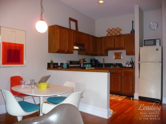 950 Sq Ft 2 Bed With Lots Of Storage 3, Carroll Gardens, NY - USA (photo 3)