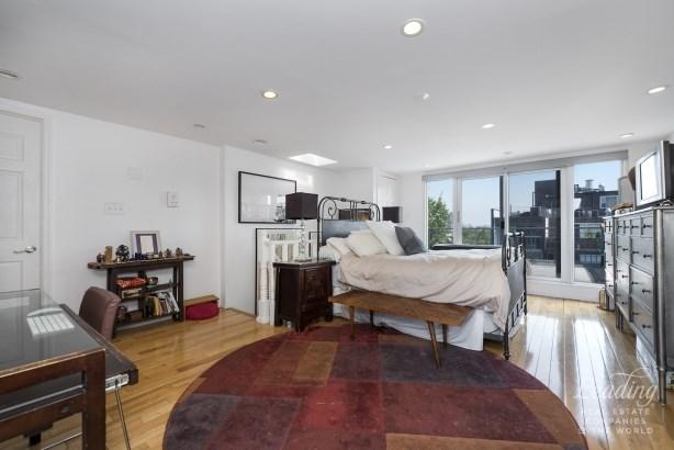 914 Pacific Street 3 3, Crown Heights, NY - USA (photo 3)