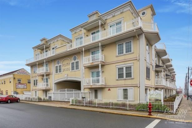 15 Sumner Ave 13, Seaside Heights, NJ - USA (photo 1)