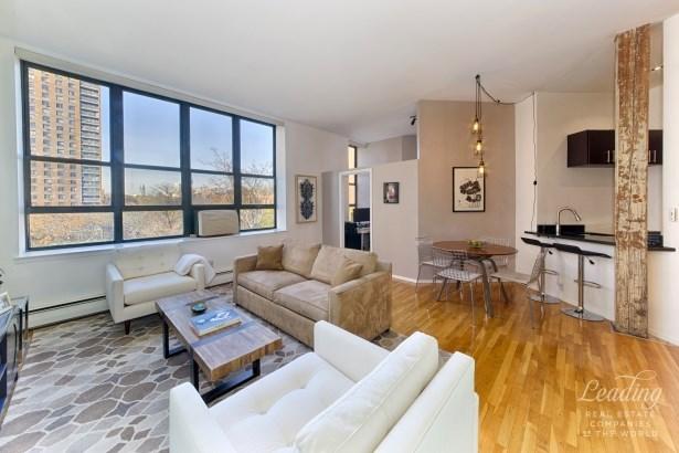 372 Dekalb Avenue 5k 5k, Clinton Hill, NY - USA (photo 1)