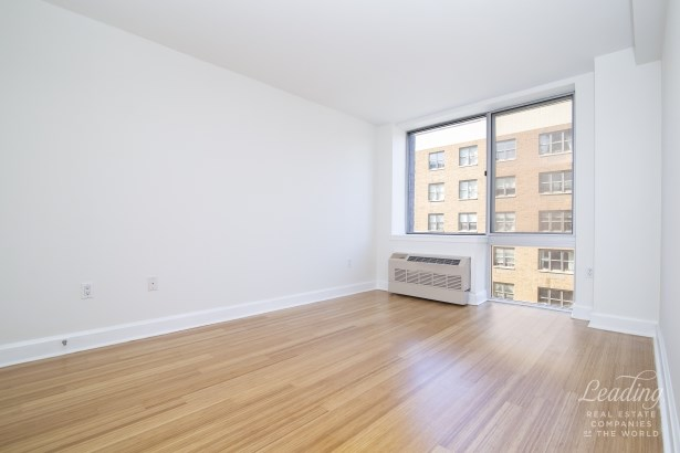 505 West 47th Street 5es 5es, New York, NY - USA (photo 5)