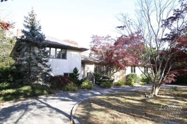 21 Sunset Avenue, East Quogue, NY - USA (photo 2)