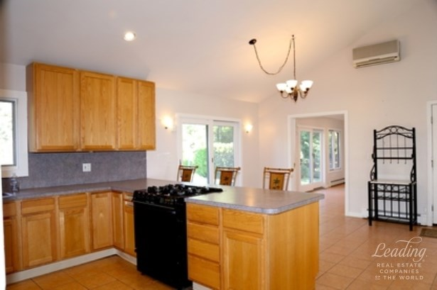 21 Sunset Avenue, East Quogue, NY - USA (photo 4)