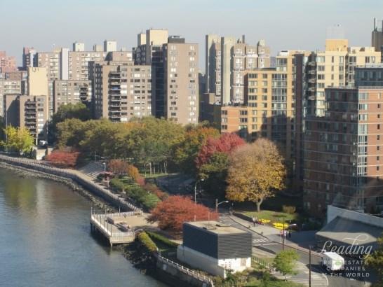 540 Main Street 748, Roosevelt Island, NY - USA (photo 2)