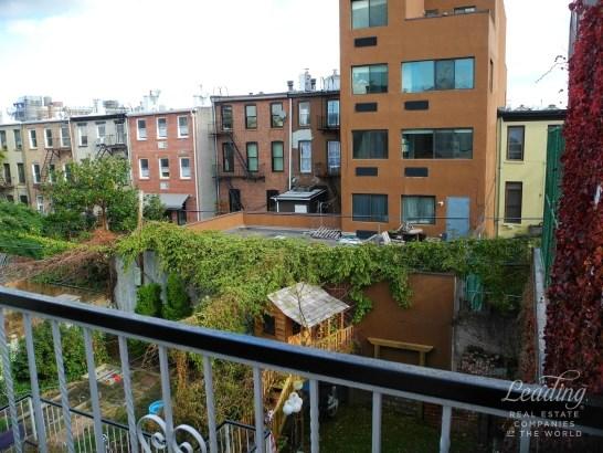 Private Balcony Near Restaurant Row 3, Clinton Hill, NY - USA (photo 1)