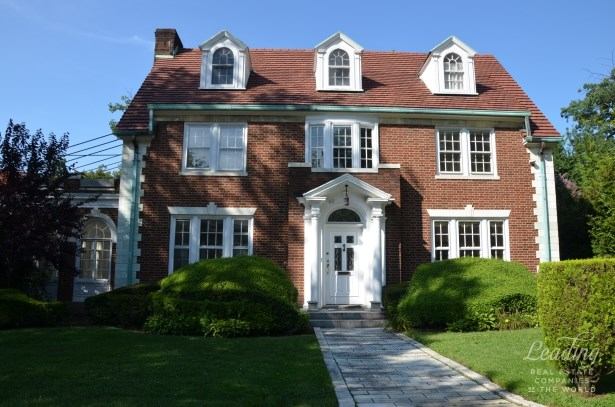 60 Exeter Street, Forest Hills, NY - USA (photo 3)