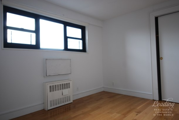 114 East 122nd Street 9h 9h, New York, NY - USA (photo 4)
