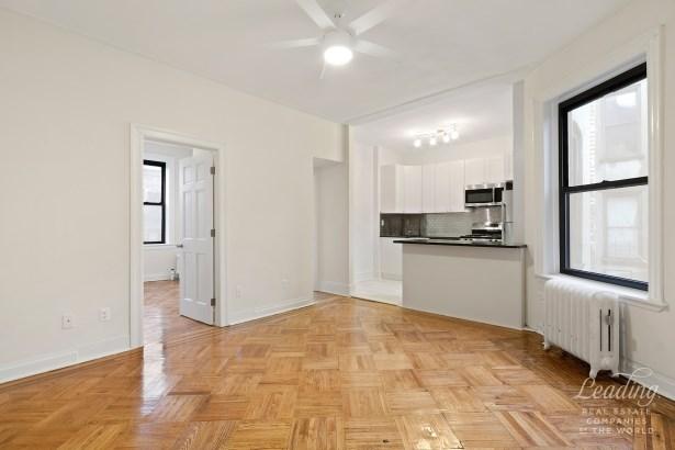 257 Quincy Street 3e 3e, Brooklyn, NY - USA (photo 2)