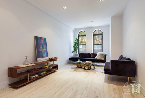 136 Saratoga Avenue 1 1, Brooklyn, NY - USA (photo 1)