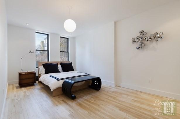 136 Saratoga Avenue 1 1, Brooklyn, NY - USA (photo 3)