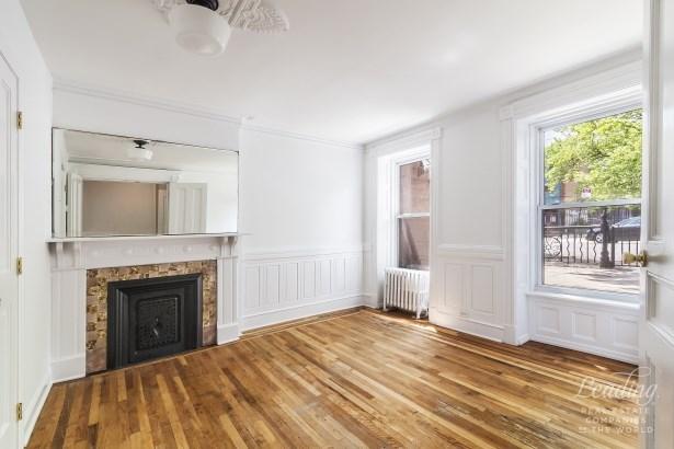 519 Macon Street 1 1, Brooklyn, NY - USA (photo 3)