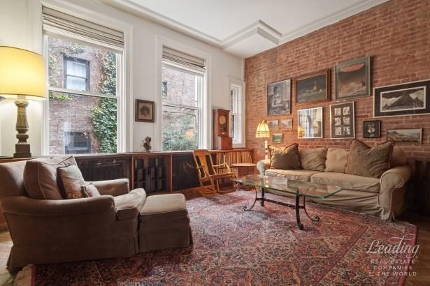 247 Waverly Place, New York, NY - USA (photo 2)