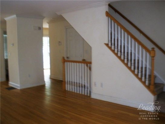 39 Maple Tree Avenue 14, Stamford, CT - USA (photo 3)
