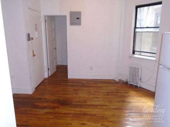630 East 9th Street 13, New York, NY - USA (photo 1)