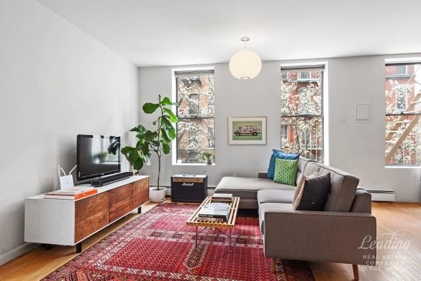 178 East 2nd Street 3c 3c, New York, NY - USA (photo 1)