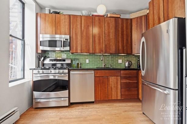 178 East 2nd Street 3c 3c, New York, NY - USA (photo 3)