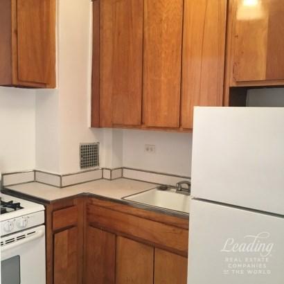 Spacious, Sunny, Affordable In Bay Ridge 6e, Bay Ridge, NY - USA (photo 2)