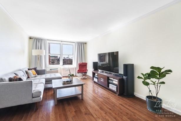 131 74th Street 5d, Bay Ridge, NY - USA (photo 1)
