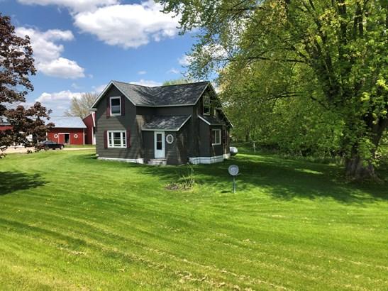 Farm House, 2 Story - Melrose, WI