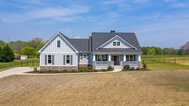 Ranch,Craftsman Style, Single Family - Eatonton, GA