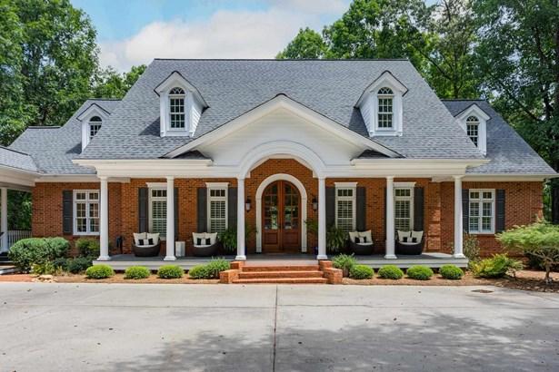 Traditional, Single Family - Greensboro, GA