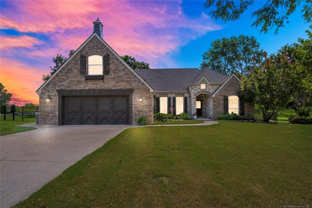 Country French, House - Claremore, OK