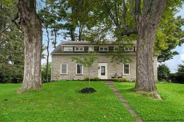 Colonial, Single Family - Stone Ridge, NY