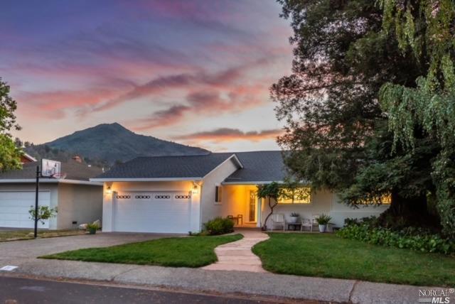 Single Family Residence, Ranch - Kentfield, CA