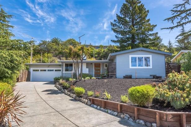 Single Family Residence, Bungalow - Tiburon, CA