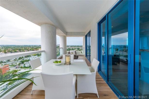 Condo/Co-op/Villa/Townhouse, Condo 5+ Stories - Fort Lauderdale, FL