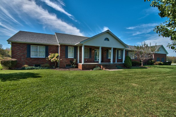Ranch, Single Family - Clifford Twp, PA
