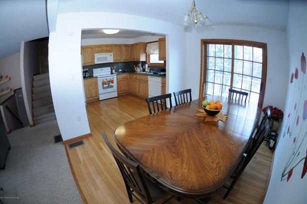 Contemporary, Single Family - Long Pond, PA (photo 4)