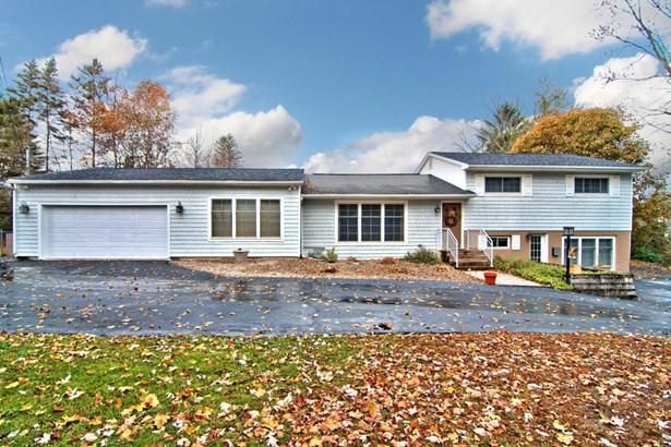 Split Level, Single Family - Clarks Green, PA (photo 1)