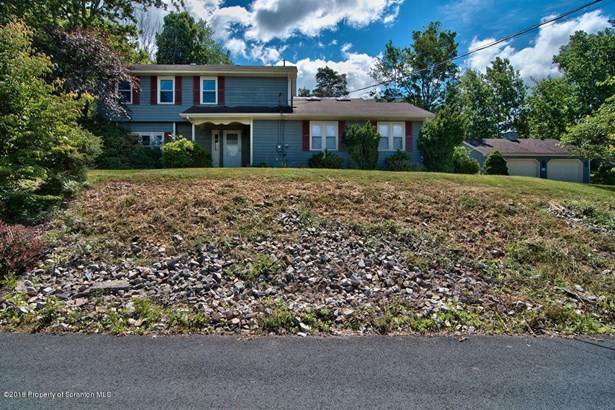 Colonial, Single Family - Waverly Twp, PA