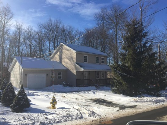 Colonial, Detached - Tobyhanna, PA (photo 1)